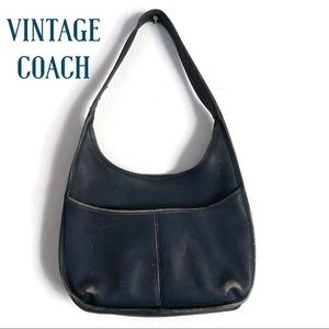 VERY VINTAGE Coach small hobo bag navy blue - used